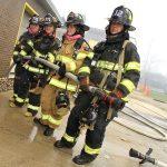 Είκοσι Γυναίκες στη Νέα Υόρκη εκπαιδεύονται για να γίνουν πυροσβέστες