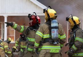 Το κράνος των πυροσβεστών του μέλλοντος - C-Thru Smoke Diving Helmet