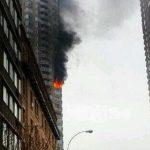 ΗΠΑ - Ν. Υόρκη: Υπό έλεγχο η πυρκαγιά στον ουρανοξύστη
