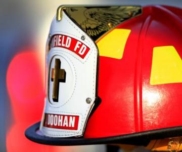 Τιμητική φρουρά Πυροσβεστών για τον 8χρονο ήρωα