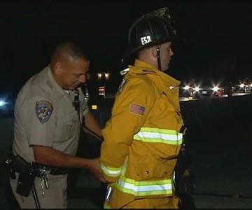 Αστυνομία στην Αμερική συλλαμβάνει πυροσβέστη που έχει μεταβεί για τροχαίο ατύχημα