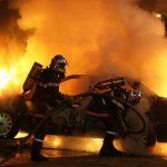 Στις φλόγες όχημα της ρωσικής πρεσβείας στο Ν. Ψυχικό