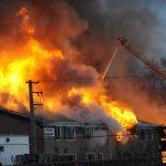 Τεράστια πυρκαγιά στο Detroit (ΗΠΑ)