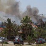 Σε εξέλιξη η μεγάλη φωτιά στον Αγιόκαμπο - Πυρκαγιά και στη Μαλεσίνα Φθιώτιδας