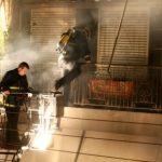 Firefighter dies in apartment blaze