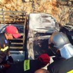 Πυρκαγιά σε αυτοκίνητο με εγκλωβισμένο άτομο