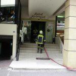 Φωτιά στο ξενοδοχείο «Μετροπόλ» στο κέντρο της Λάρισας