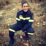 Εθελόντριες της φωτιάς: Ραντεβού στα καμένα με μια πυροσβέστη και μια διασώστρια ζώων