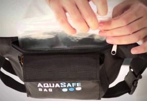 AquaSafeBag, ένα 100% αδιάβροχο τσαντάκι μέσης που μετατρέπεται αυτόματα σε σωσίβιο