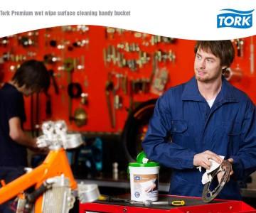 Νέα προεμποτισμένα μαντιλάκια επαγγελματικής χρήσης Tork
