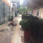 Έβαλε φωτιά στο μαγαζί του στο Χαλάνδρι και απειλούσε να αυτοπυρποληθεί