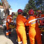 Κραυγές για βοήθεια από εγκλωβισμένους μετά από μεγάλο σεισμό