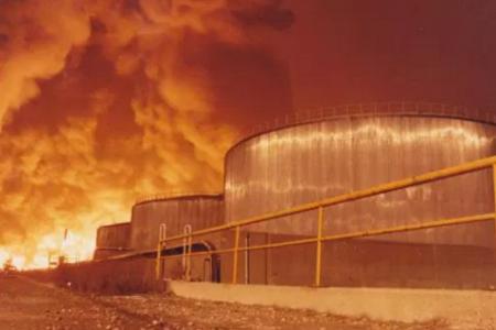 Τριάντα χρόνια από τη φωτιά που δηλητηρίασε τη Θεσσαλονίκη