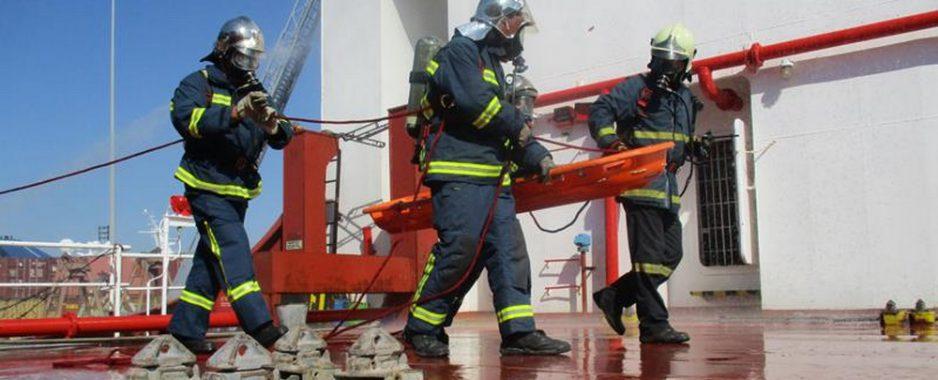Άσκηση ετοιμότητας στο λιμάνι του Βόλου από την Πυροσβεστική Υπηρεσία