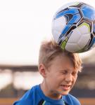 Κίνδυνος οι κεφαλιές για τα μικρά παιδιά -Όσα θα πρέπει να γνωρίζετε