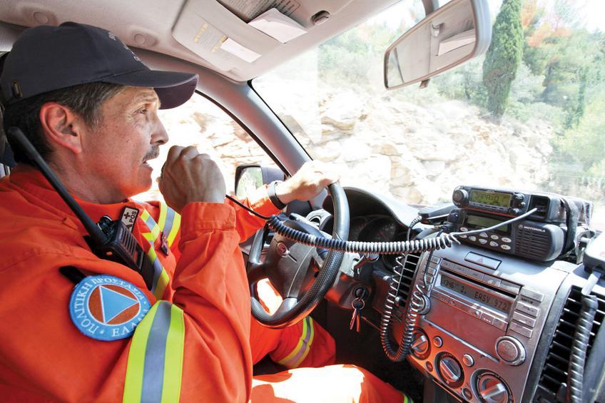 Ο Μ. Παγώνης, επικεφαλής της εθελοντικής ομάδας Δασοπροστασίας του δήμου Παπάγου - Χολαργού