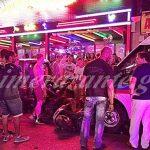 Ζάκυνθος: Μεθυσμένος ανήλικος τουρίστας έκλεψε ασθενοφόρο και διέλυσε 7 αμάξια και ένα μηχανάκι