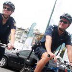 Οι ποδηλάτες της ΕΛ.ΑΣ. βούτηξαν στη θάλασσα και έσωσαν Ισπανίδα τουρίστρια στην Κέρκυρα
