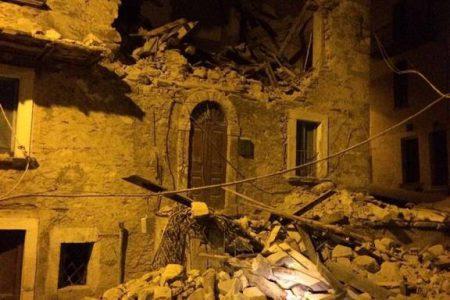Ο Εγκέλαδος χτύπησε την Ιταλία με μανία: Τουλάχιστον έξι νεκροί από τον ισχυρό σεισμό 6,2 Ρίχτερ