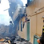 Fire in the old city of Lefkada burns six wooden houses