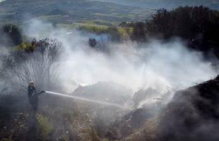 Πυροσβεστική επιχείρηση στην Κρήτη τραβηγμένη από drone