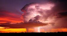 Καταιγίδες με Αστραπές και Κεραυνούς