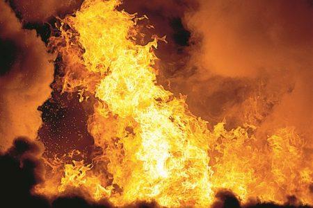 Επικίνδυνα «παιχνίδια» με τη φωτιά
