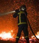 Πυροσβέστες, αυτοί οι ήρωες...
